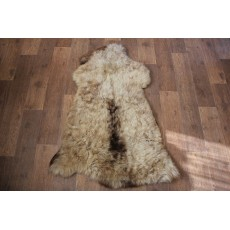 овчина (светло-коричневая с полосой) длинный ворс 110*70 см.