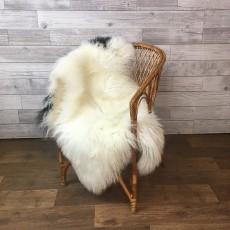 Овчина (молочная с пятнышками) с длинным ворсом 120 x 70 см