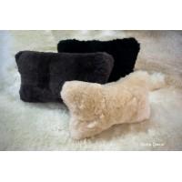Меховая подушка для авто из овчины