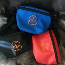 Поясные сумочки для лакомств из эко кожи.