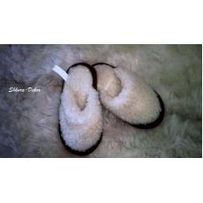 Детские тапочки из овечьей шерсти