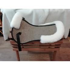 Войлочный амортизатор под седло с опушкой из овчины