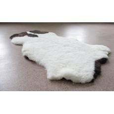 Овчина (коричнево-белая) с прямым ворсом 110 х 70 см.