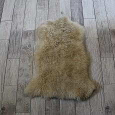 овчина (бежевая) длинный ворс 70*40 см.