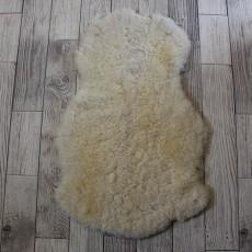 овчина (светло-молочная) прямой ворс 80*40 см.