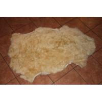 Овчина ( песочно-золотистая) с волнистым ворсом 110 x 70 см.