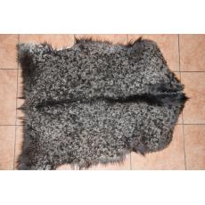 Черная пуховая шкура козы 90 х 60 см.